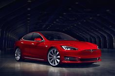 Teslas Model S Now Does an Even Loonier 60 MPH in 2.5 Seconds