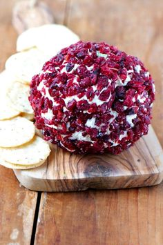 Sage and Gouda Vegan and Gluten-free Cheese Ball Recipe
