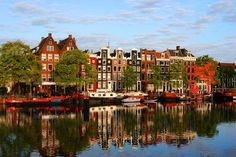 AMSTERDAM! so pretty, so much fun, such a great great city!
