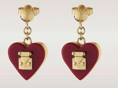 The Louis Vuitton Fashion Jewelry Collection Boasts Beautiful Pieces trendhunter.com