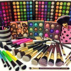 Stock up during our Makeup Brush Blowout Sale where you'll find your favorite goodies for an unbeatable price! Eyeliner, Eyeshadow, Mascara, Makeup Box, Makeup Stuff, Eye Palettes, 3 Shop, I Feel Pretty, Bh Cosmetics