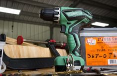 The best cordless drill models have advanced far enough to compete with compact drills. Check out how your favorite brand ranks in our tests! Cordless Drill Reviews, Garage Tools, Garage Organization, Basement, Places, Electrical Tools, Lugares, Shed Organization, Basements