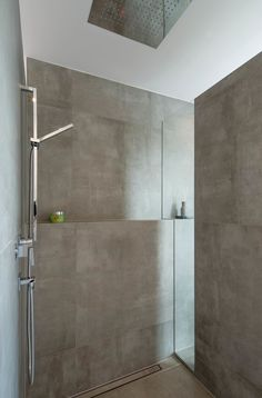 Haus P: Moderne Badezimmer Von Ferreira | Verfürth Architekten