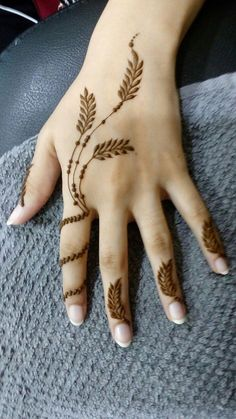 Pin For Trend Presented Stunning Henna Tattoo Designs That You Must Try On This Eid - Henna Tattoos 2019 (Latest Henna Designs) Finger Henna Designs, Henna Art Designs, Mehndi Designs For Girls, Mehndi Designs For Beginners, Modern Mehndi Designs, Mehndi Designs For Fingers, Mehndi Design Pictures, Beautiful Henna Designs, Mehandi Designs