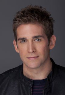 Eric Kyle Szmanda ( /səˈmændə/) (born July 24th, 1975) is an American actor - aka Greg Sanders/CSI: Crime Scene Investigation