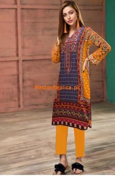 Products – Page 29 – Master Replica Pakistan Latest Pakistani Dresses, Pakistani Designer Suits, Pakistani Dress Design, Pakistani Outfits, Pakistani Street Style, Pakistani Fashion Casual, Suits For Women, Clothes For Women, Pakistani Couture