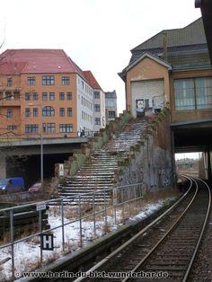 Alter Bahnsteig in Messe Nord