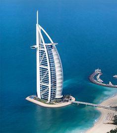 Burj Al Arab, l'hotel più famoso di Dubai.