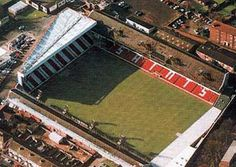 The Dell was the former home of Southampton football club. See what's there now and stadium history. English Football Stadiums, British Football, Southampton Football, Southampton Fc, Soccer Stadium, Football Soccer, Stadium Architecture, Association Football, Sheffield United