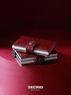 Nile Red collection ein Blick in die Tiefen der #Secrid #HerbstWinterKollektion2016  - Gefunden auf #Kontor1710