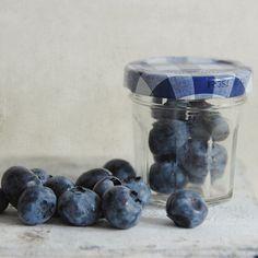 Blueberries and a teeny tiny Bonne Maman jar Blueberry Farm, Blueberry Bushes, Mason Jar Desserts, Mason Jars, Pots, Dessert In A Jar, Farm Cottage, Fruit Photography, Blue Berry Muffins
