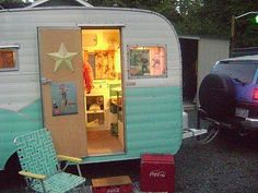 I don't know why, but I'm suddenly finding these little vintage campers to be incredibly cute and I think I may want one.