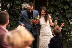 Civil Wedding, Grooms, Civilization, Brides, Sequin Skirt, Sequins, Fashion, Moda, Boyfriends