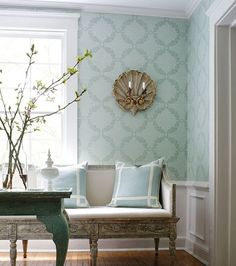 www.eyefordesignlfd.blogspot.com  Decorating With Robin's Egg Blue .......A Fabulous Interior Color!