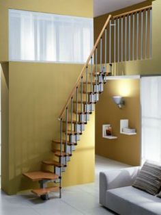 1000 images about escaliers on pinterest stairs staircases and spiral staircases. Black Bedroom Furniture Sets. Home Design Ideas