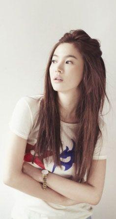 Song Hye Kyo ♥ 2004 Full House ♥ 2008 Worlds Within ♥ 2013 That Winter, the Wind Blows Jun Ji Hyun, Li Bingbing, Song Hye Kyo, Korean Beauty, Asian Beauty, K Pop, Pretty People, Beautiful People, K Drama