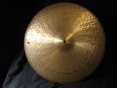 """22"""" ZILDJIAN K CONSTANTINOPLE MEDIUM RIDE SIZZLE CYMBAL with RIVETS,GREAT N/R!"""