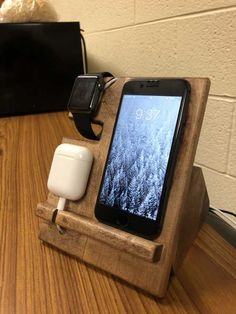 I made a charging station for my phone watch and headphones! Wooden Charging Station, Charging Station Organizer, Charging Stations, Docking Station, Woodworking Projects Diy, Diy Wood Projects, Woodworking Plans, Wood Phone Holder, Bois Diy