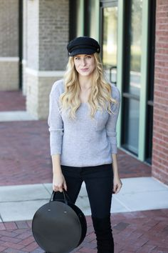 Simple Gray & Black Outfit | A Daydream Love