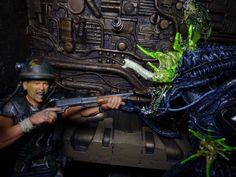 Corporal Dwayne Hicks vs Damaged Xenomorph - NECA Predator Alien, Xenomorph, Action Figures, Collection