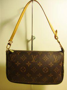 83c89b496 Pochette Clutch Monogram Accessory Brown Canvas and Leather Shoulder Bag