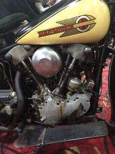 Engine Bobber Bikes, Bobber Chopper, Cool Motorcycles, Vintage Motorcycles, Motorcycle Tank, Motorcycle Engine, Harley Davidson Knucklehead, Harley Davidson Motorcycles, Motorbike Parts