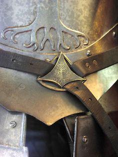 Detail of the belts on Gondor's armor