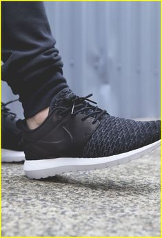 Stylish Sneakers Brands  sneakerstore Nike Roshe Men 6156ccadc6b