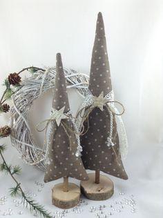 Weihnachtsdeko - 2 Tannenbäume in taupe/natur - ein Designerstück von Steinhoff-Design bei DaWanda