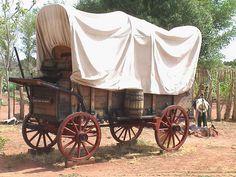Sweet Americana Sweethearts: Wagons of the West Western Comics, Western Art, Wagon Trails, Horse Drawn Wagon, Saloon, Wooden Wagon, Old Wagons, Covered Wagon, Chuck Wagon