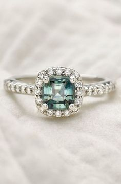 breathtaking halo emerald ring ♥