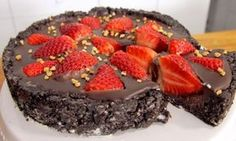 Σοκολατένια τούρτα στιγμής χωρίς ψήσιμο (Video)