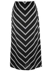 Cute take on the stripes theme that is not strictly horizontal-- better for curvy gals!
