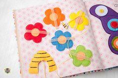 quite book pages - bee, labyrinth Добрые подарки: Развивающая книжка для Полинки
