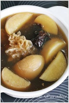 APPLE WITH DUAL FUNGUS SOUP