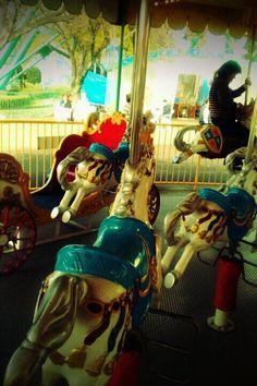 Merry-go-round    メリーゴーランド