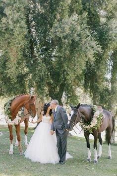 Equestrian Wedding My next marriage will have a wedding and I will arrive . Cowgirl Wedding, Mod Wedding, Italy Wedding, Farm Wedding, Dream Wedding, Wedding Rustic, Wedding Signs, Italian Wedding Venues, Country Barn Weddings