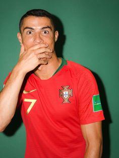 Portugal Football Team, Soccer Baby, Match Of The Day, Squad Photos, Football Players, Football Art, Cristiano Ronaldo 7, Football Highlight, Major League Soccer