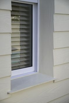 Timber-grained fibre cement clapboard cladding Window cill detail House Cladding, House Building, Building Materials, Exterior Paint, Bungalow, My House, Blinds, Extensions, Beach House