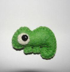 Small Wool Felt Chameleon Brooch Felt Brooch Chameleon
