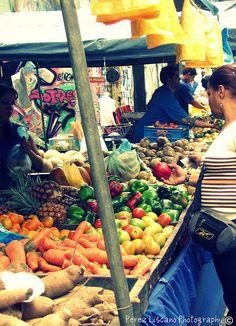 Centro de Caracas ( antes ) ahora, sigue el mismo centro, la misma Caracas pero...menos comida 2015