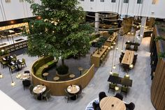 Novotel Amsterdam Schiphol Airport hotel by Mulderblauw architects, Hoofddorp – Netherlands Lounge Design, Design Hotel, Design Entrée, Lobby Design, Design Blog, Cafe Design, Design Elements, Restaurant Layout, Restaurant Interior Design