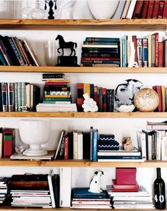 lili diallo shelf styling - with actual books instead of neverending crap!