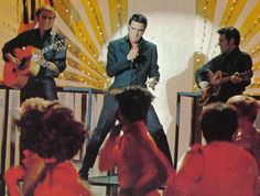 Elvis in his NBC TV Special - Night Club sequence [Lance LeGault (l) and Charlie Hodge (r) with guitars