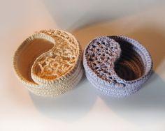 Yin & Yang crochet bowls  www.goolgool.etsy.com