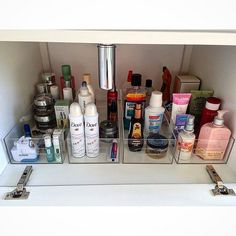 Home Organisation, Bathroom Organization, Makeup Organization, Bathroom Storage, Bathroom Medicine Cabinet, Closet Tour, Small Space Interior Design, Personal Organizer, Organize Your Life
