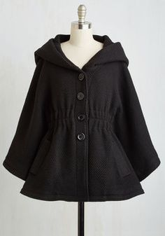 Hood if I Could Cape in Black