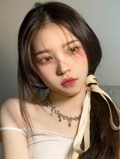 Cute Makeup, Beauty Makeup, Makeup Looks, Hair Makeup, Uzzlang Girl, Girl Face, Korean Makeup Look, Really Pretty Girl, Korean Girl Photo