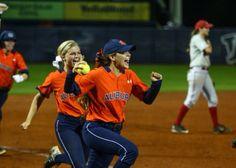 Auburn Softball 2015 #WarEagle Auburn Softball, Softball Stuff, Softball Photography, Auburn Tigers, College, Passion, Baseball, Sports, Sport