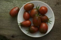 Italian Noire Heirloom Tomatoes from Cubits 2012